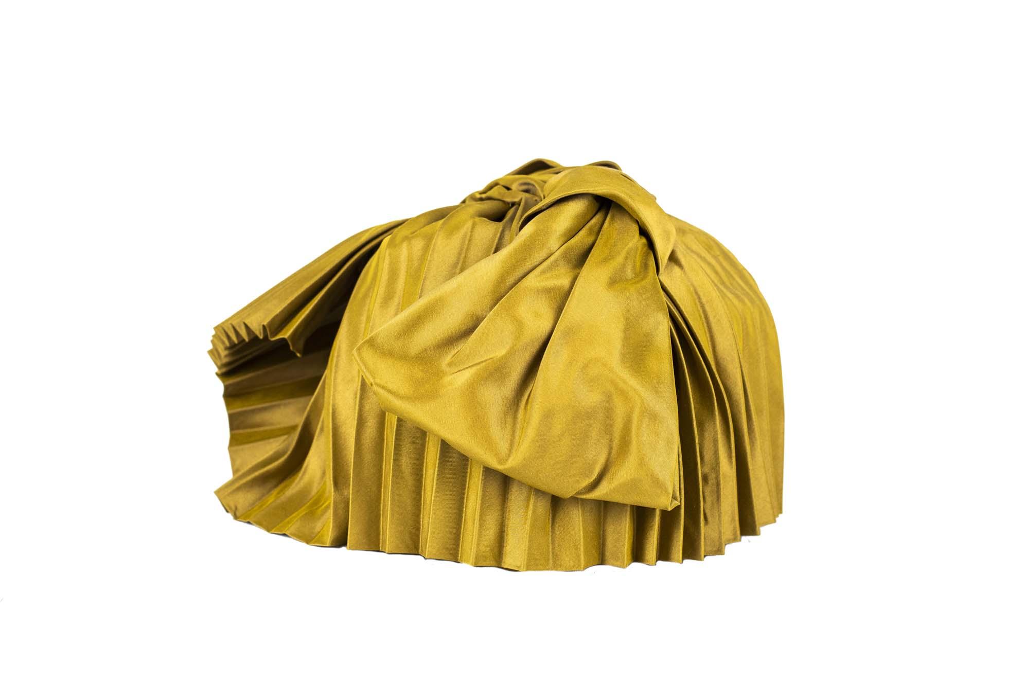 TURBANTE AQABA AW19/20 silk plissè oro